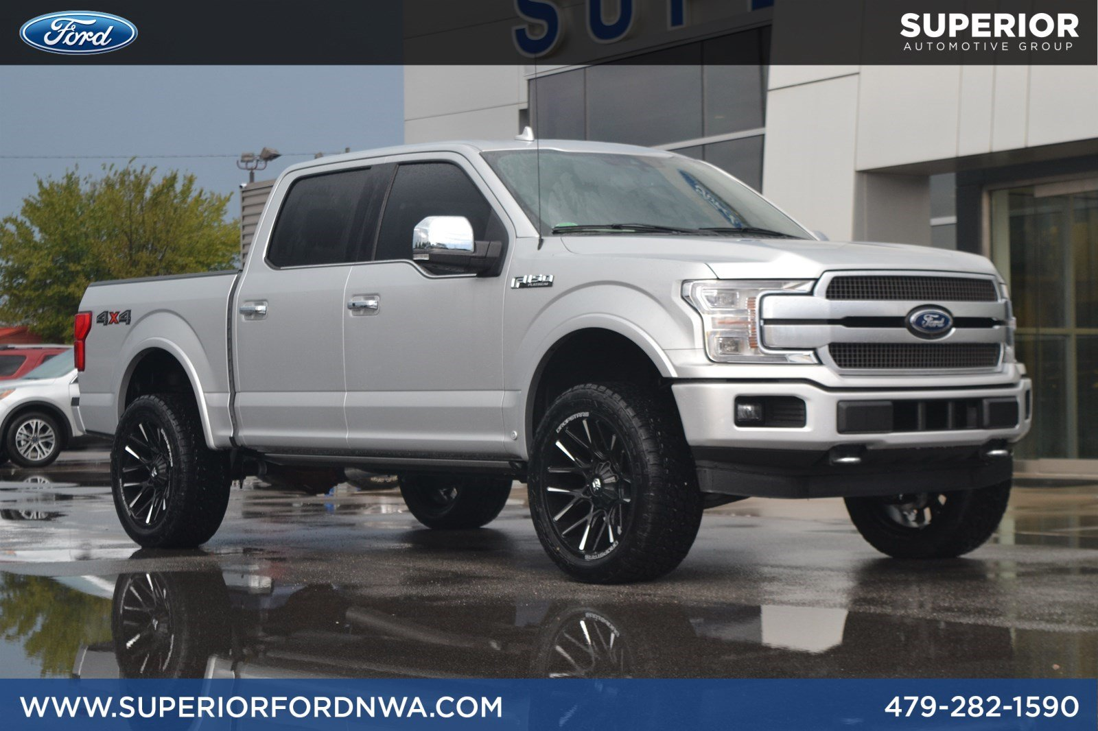 New 2019 Ford F-150 Platinum 4WD Crew Cab