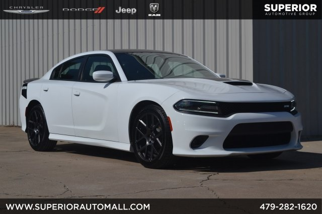 2017 Dodge Charger >> Pre Owned 2017 Dodge Charger R T Rwd 4d Sedan