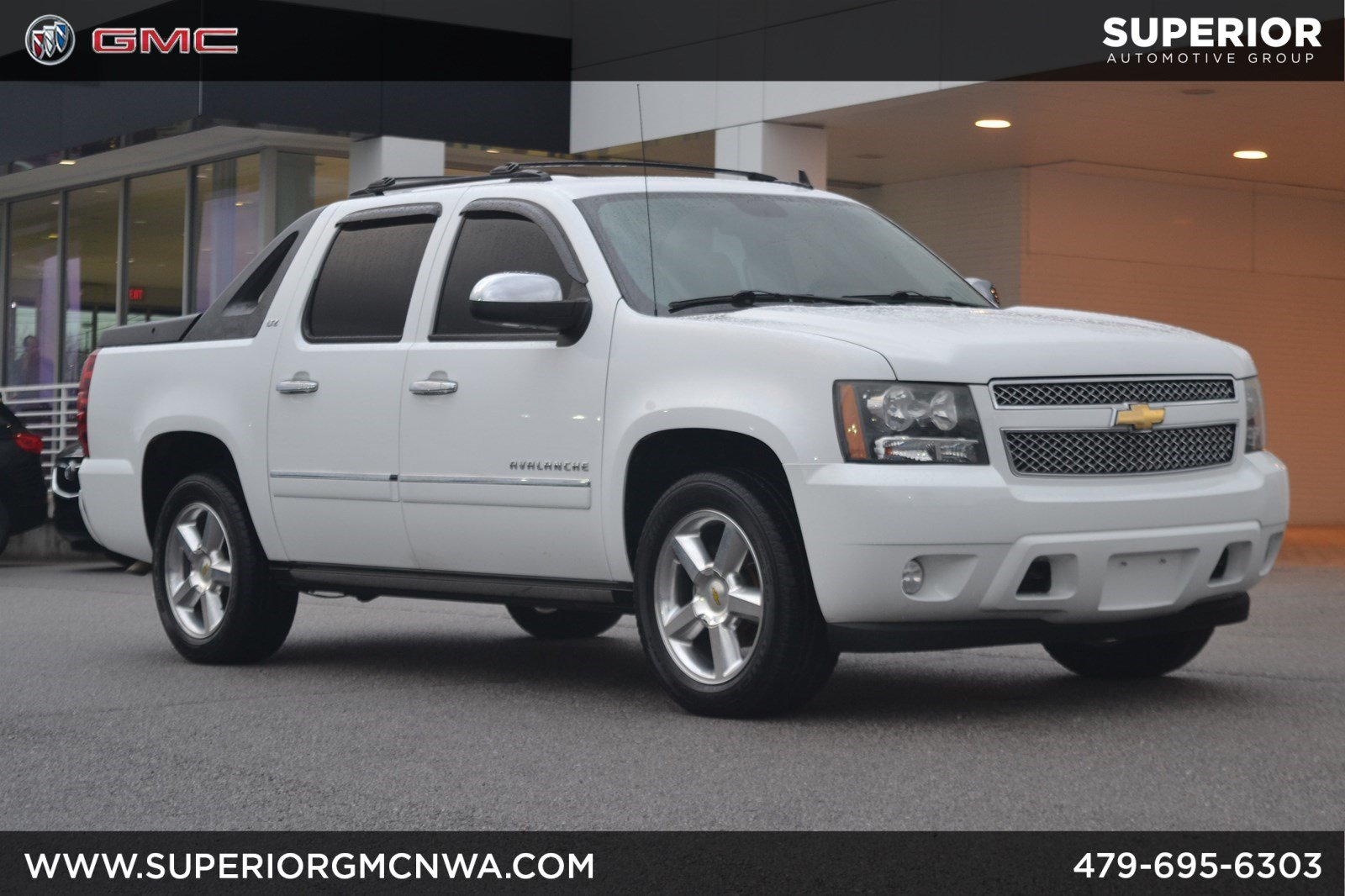 Pre Owned  Chevrolet Avalanche Ltz Wd
