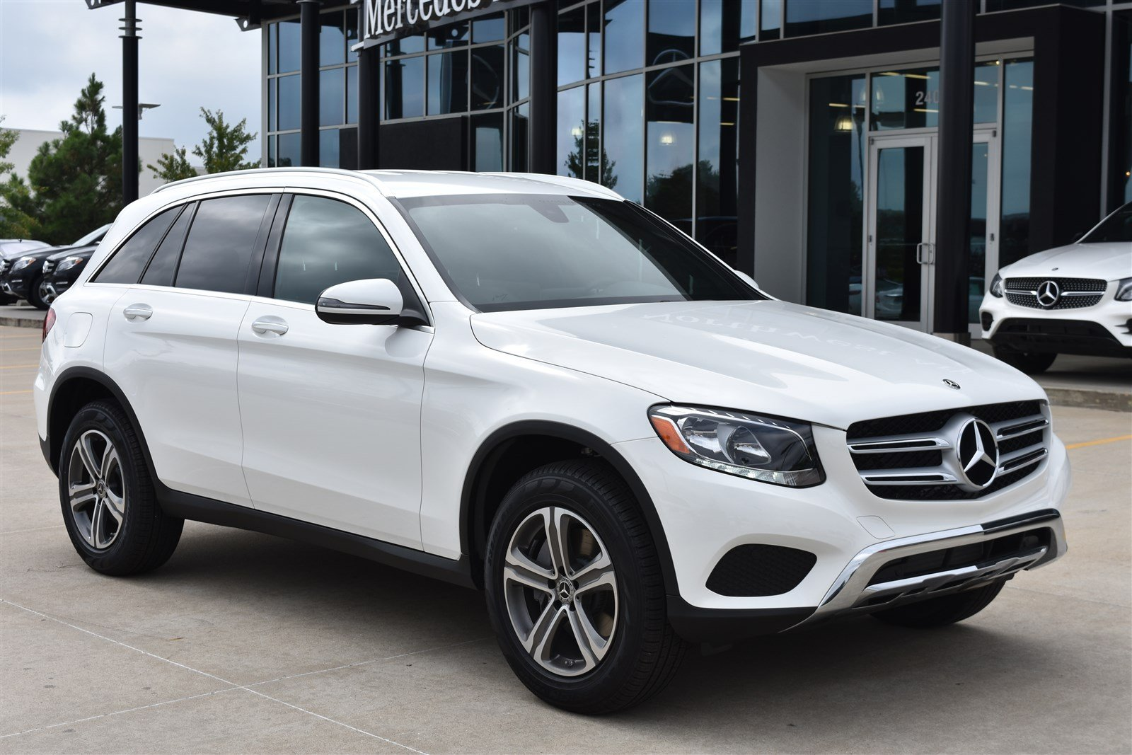 Mercedes Benz 4Matic >> Certified Pre Owned 2019 Mercedes Benz Glc Glc 300 4matic Sport